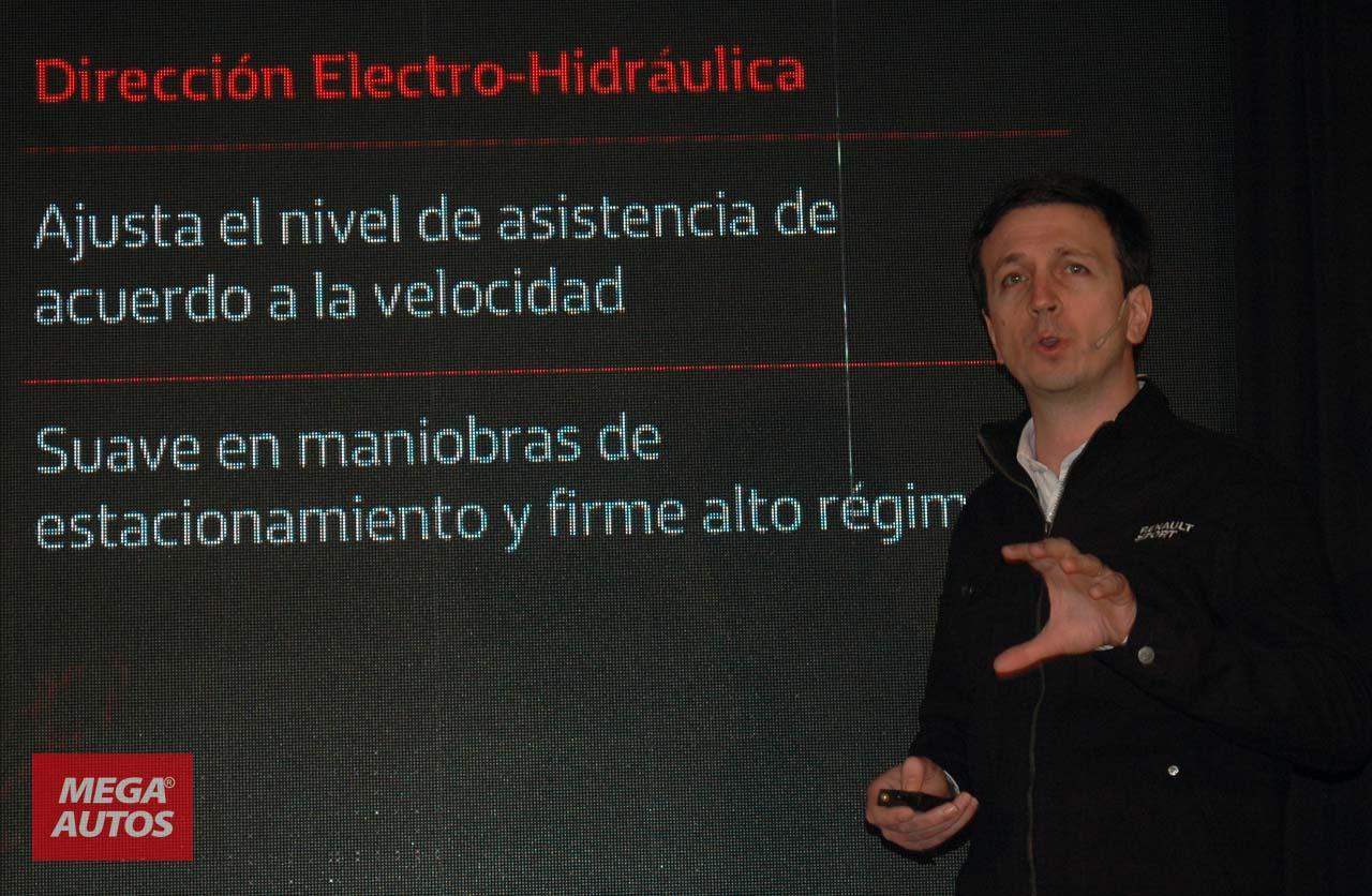 Emmanuel Fiare, jefe de producto del Renault Sandero RS