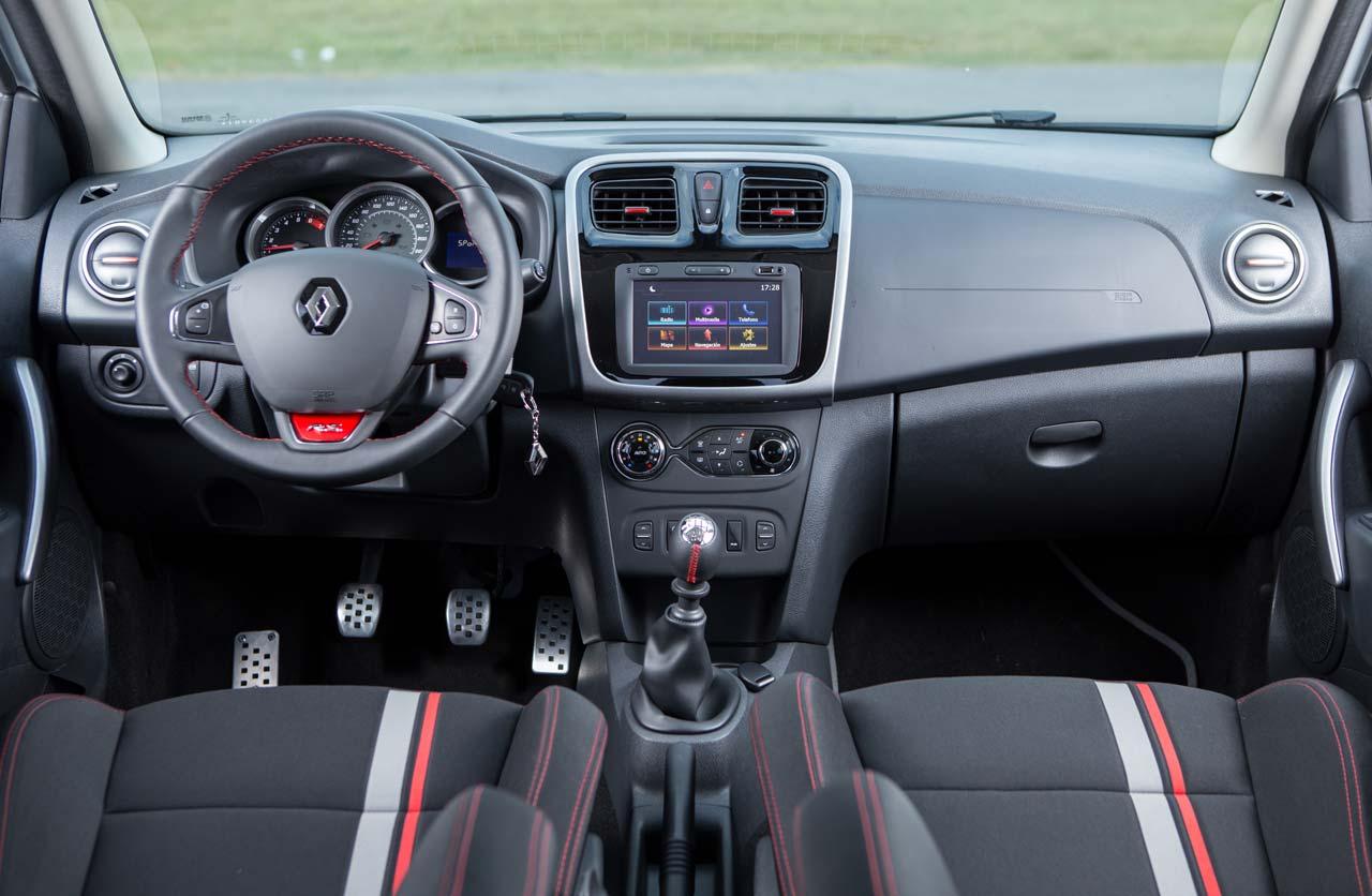 Interior Sandero RS