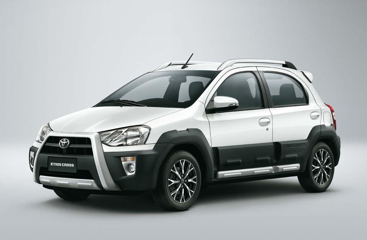 Toyota-Etios-Cross-2016