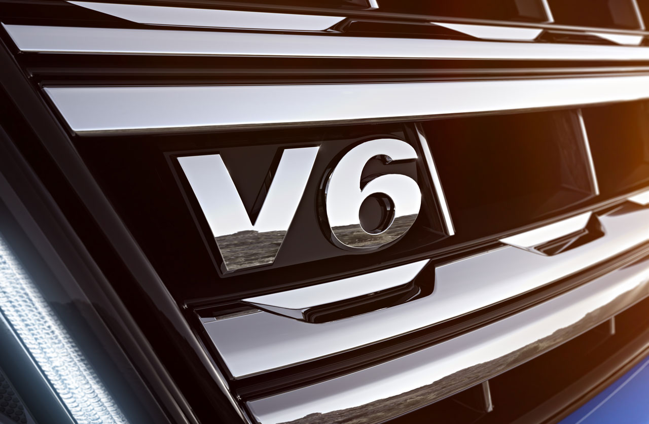 VW-Amarok-V6-emblema