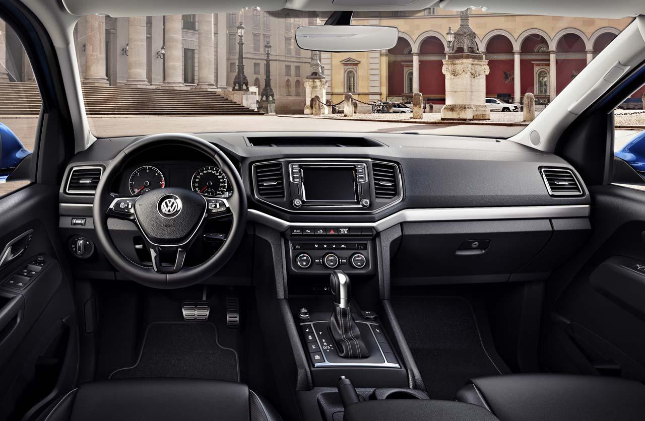 VW muestra el interior de la actualizada Amarok