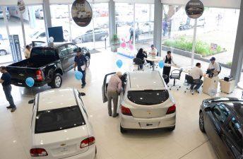 Chevrolet baja los precios de lista y suma nueva financiación