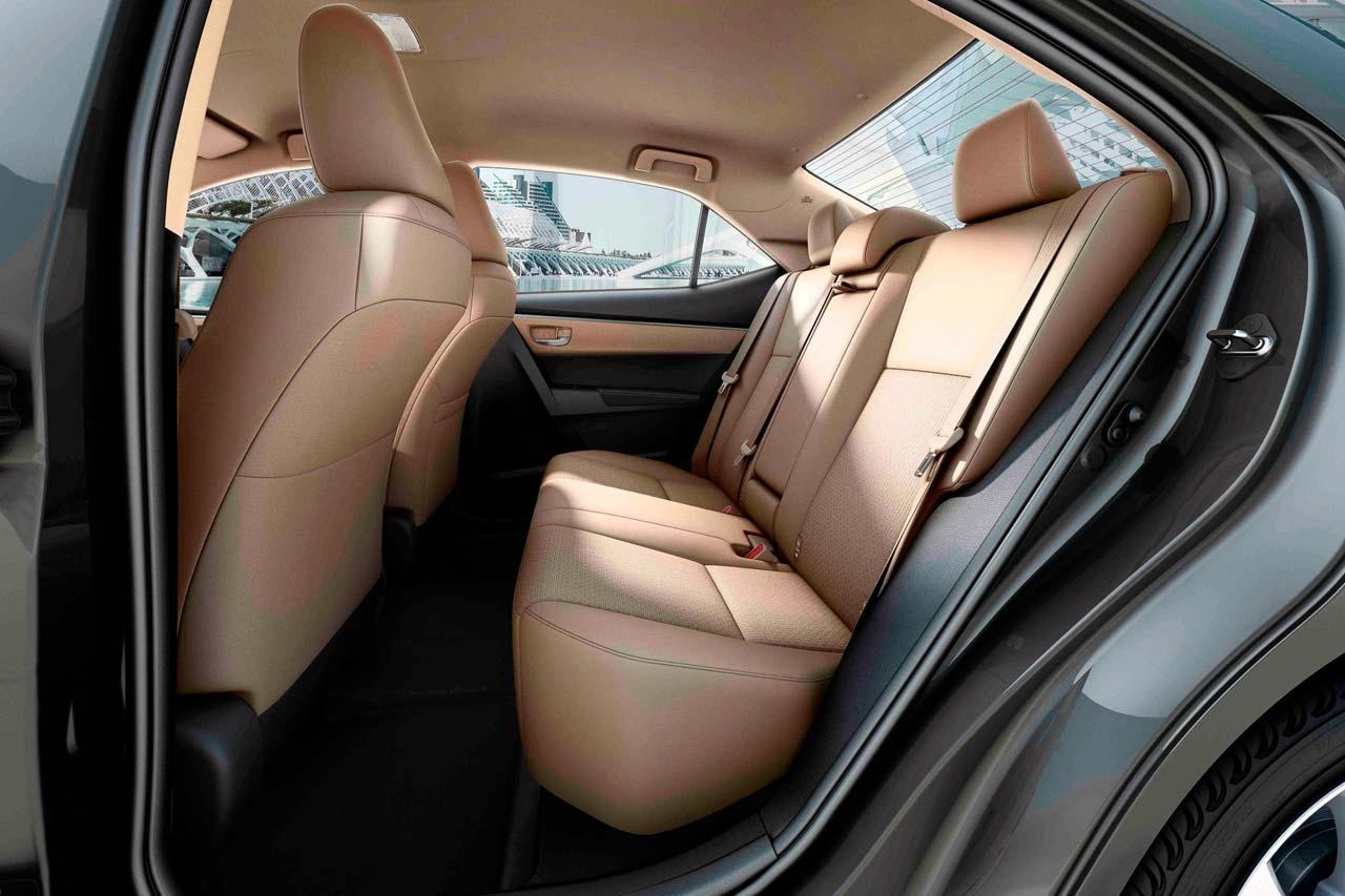 Toyota Corolla 2017 Interior Atras Mega Autos