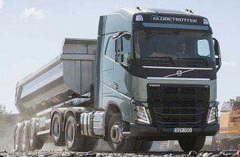 Volvo presentó el FH 6x4 Eje Elevable