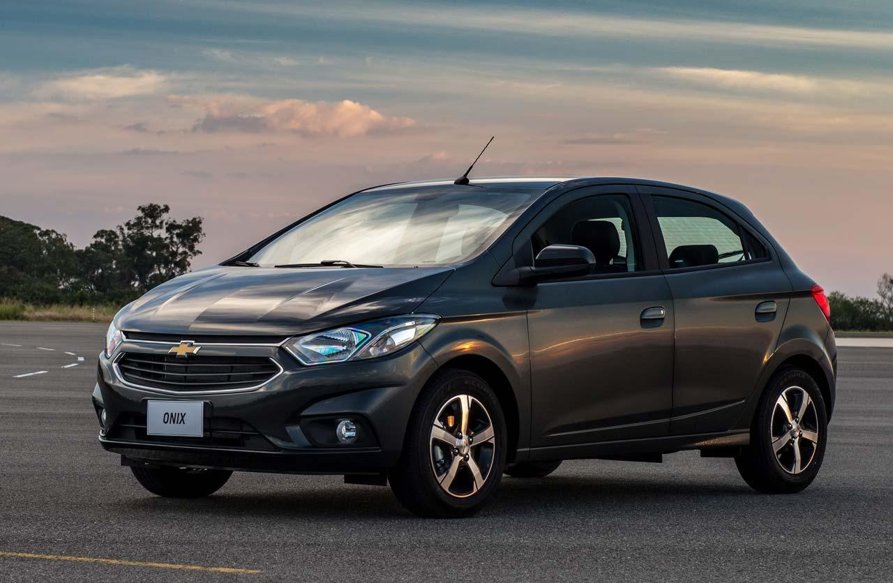 Chevrolet Onix y Prisma 2017: primero en Brasil y luego en Argentina - Mega Autos