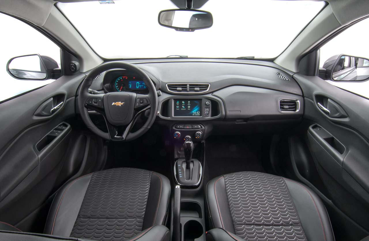Interior Chevrolet Onix 2017