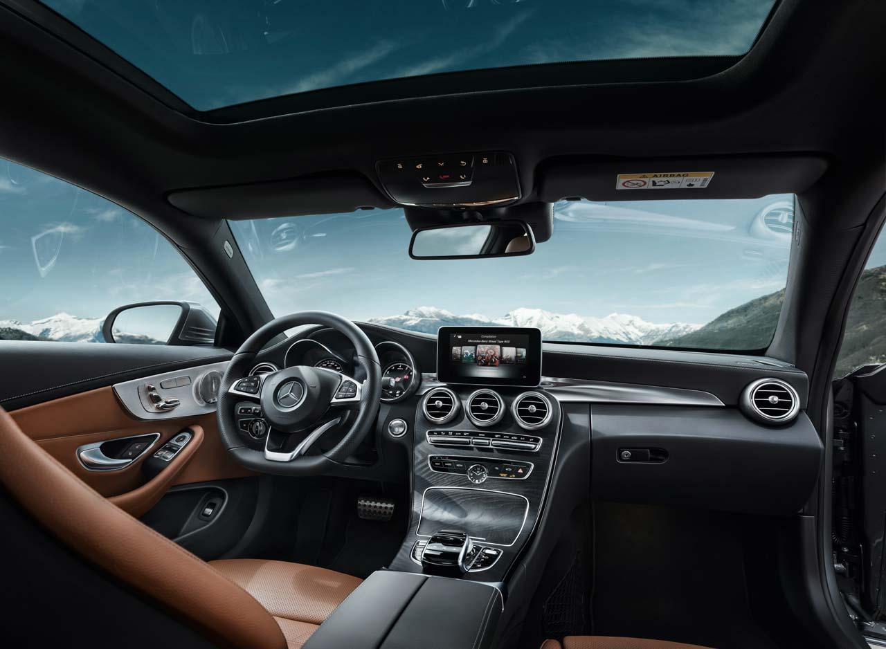 Interior Mercedes-Benz Clase C Coupé