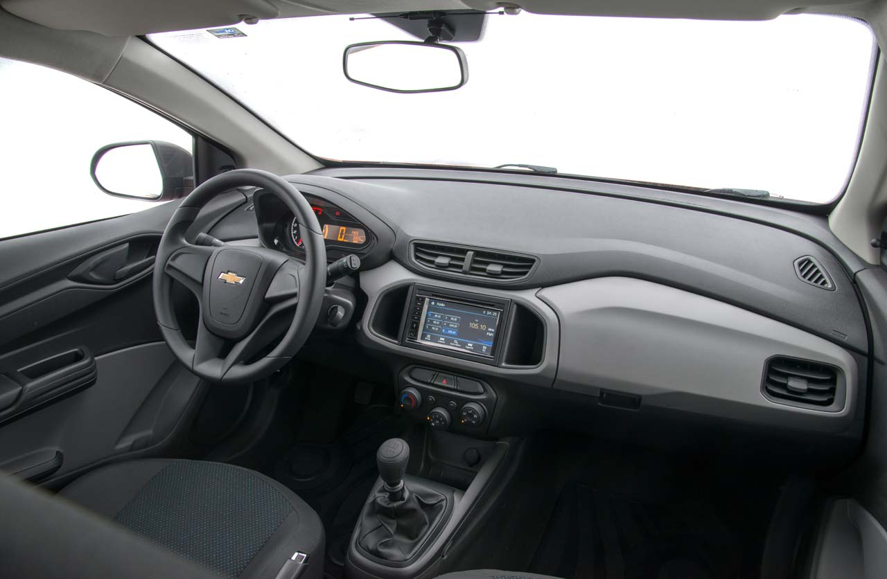 Chevrolet Onix Joy Interior Mega Autos