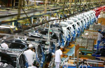 La baja demanda externa continúa afectando a la industria
