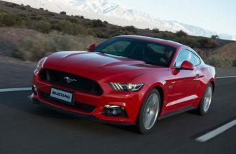 Ford Mustang, también híbrido en 2020