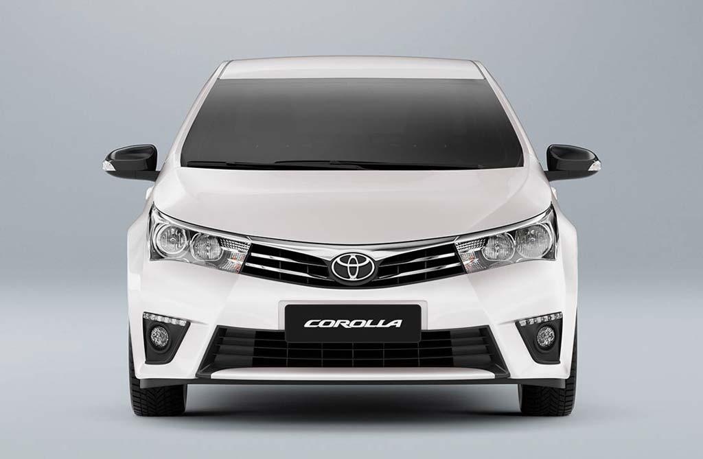 Novedades para los Toyota Corolla y Etios