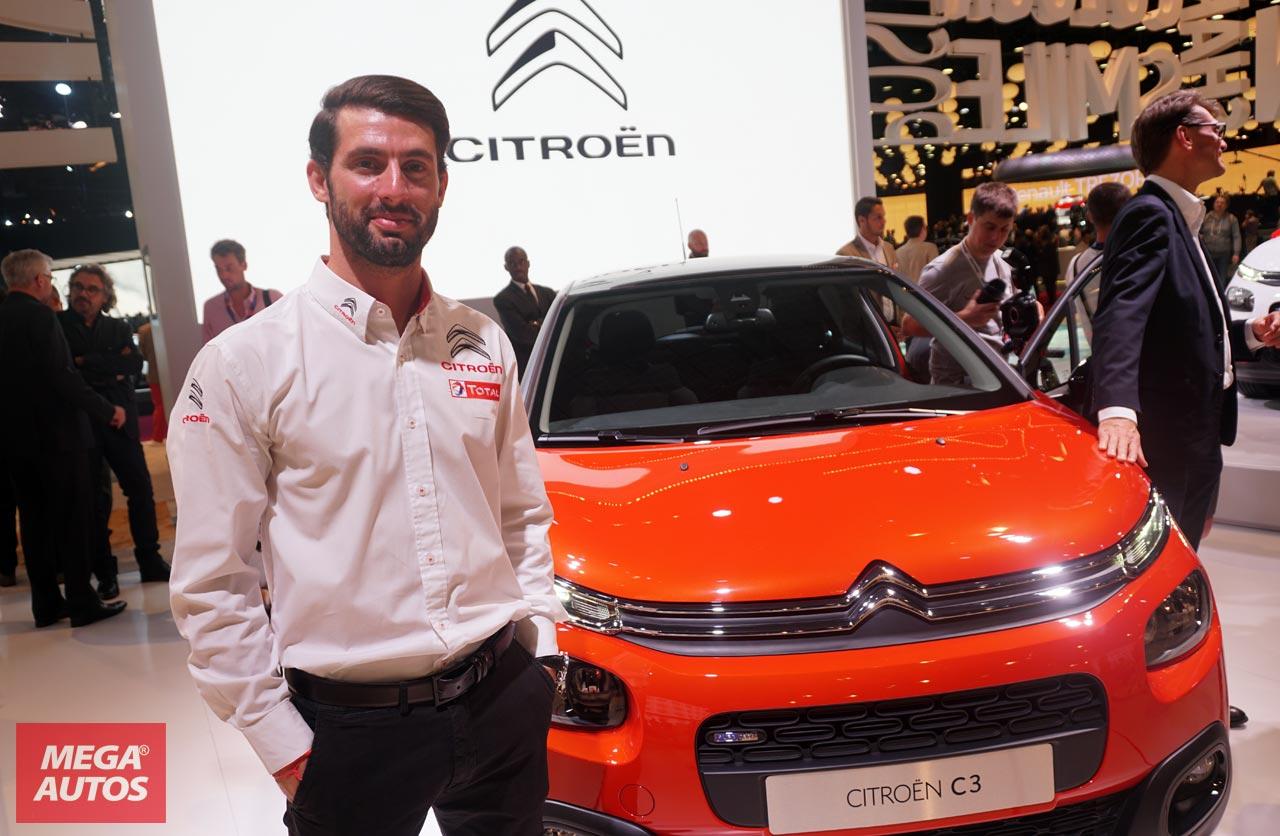 Pechito López con el nuevo Citroën C3 en el Salón de París