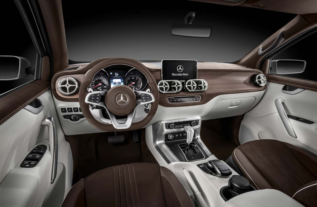 Interior Mercedes-Benz Clase X stylish explorer