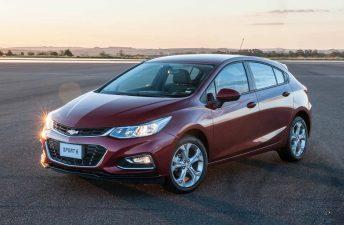 Chevrolet ya fabricó 30.000 Cruze en Argentina