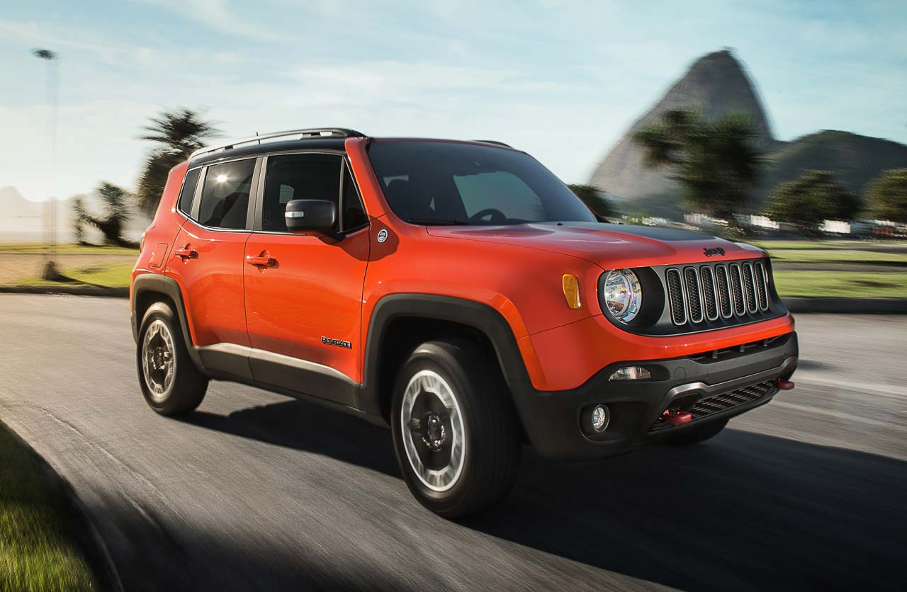 c mo es el jeep renegade trailhawk que llegar este a o mega autos. Black Bedroom Furniture Sets. Home Design Ideas