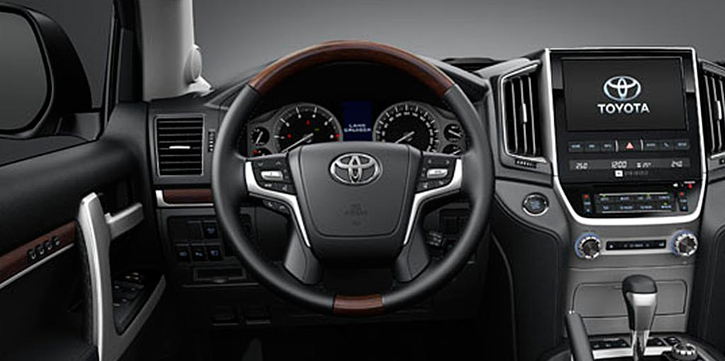 Interior Toyota Land Cruiser 200
