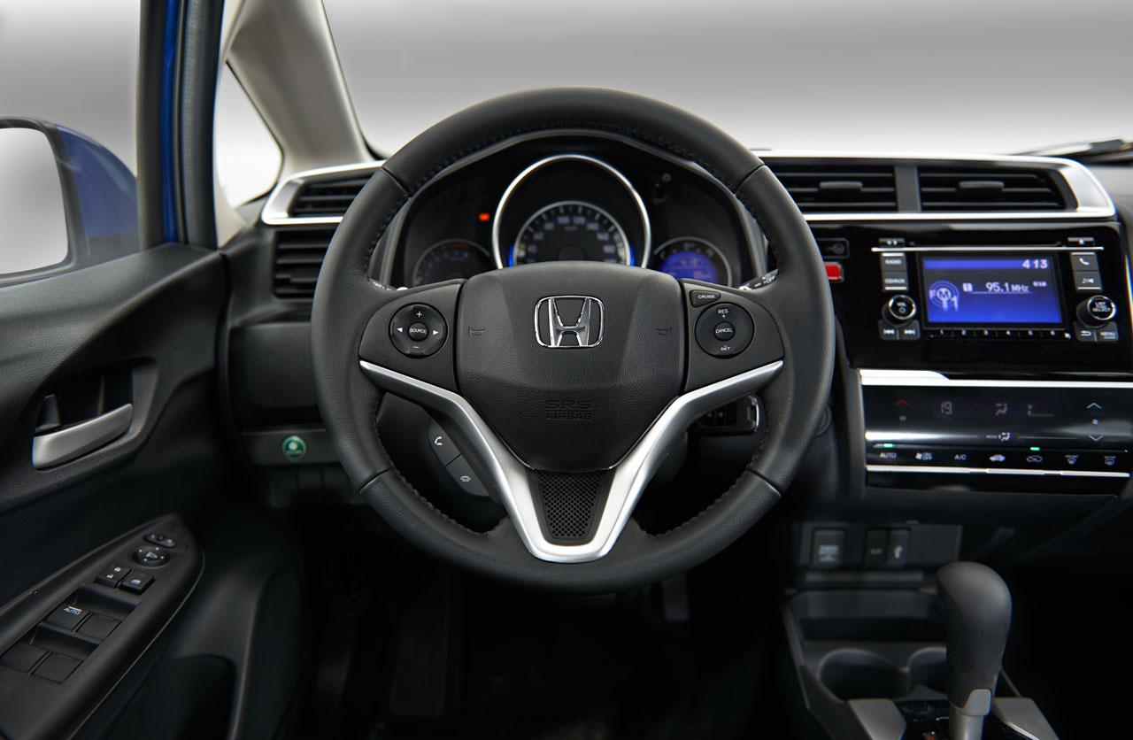 Interior Honda Fit 2017