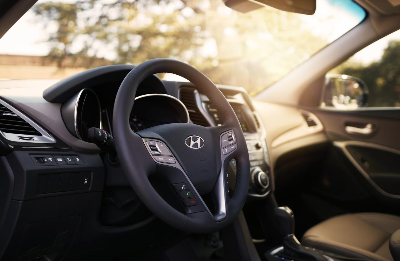 Interior Hyundai Grand Santa Fe