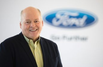 Jim Hackett remplaza a Mark Fields como Presidente y CEO de Ford