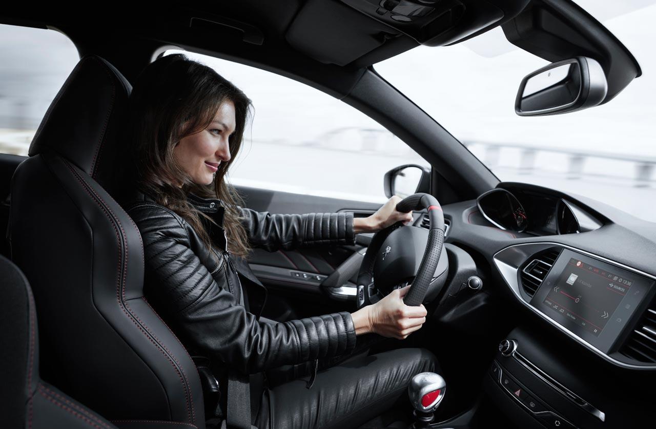 Interior Peugeot 308 GTI