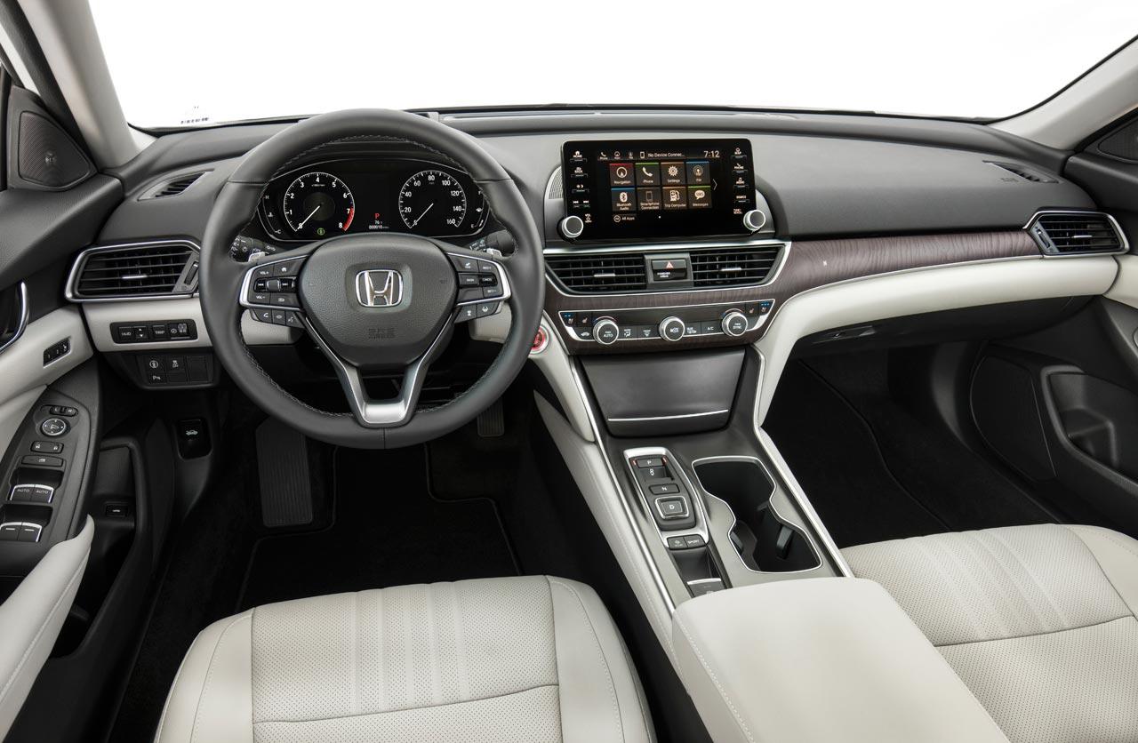 Interior Honda Accord 2018