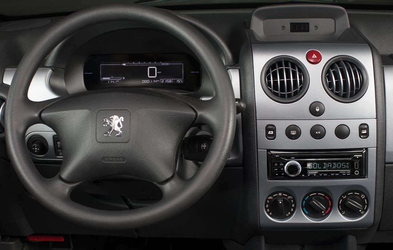 Interior Peugeot Partner Patagónica