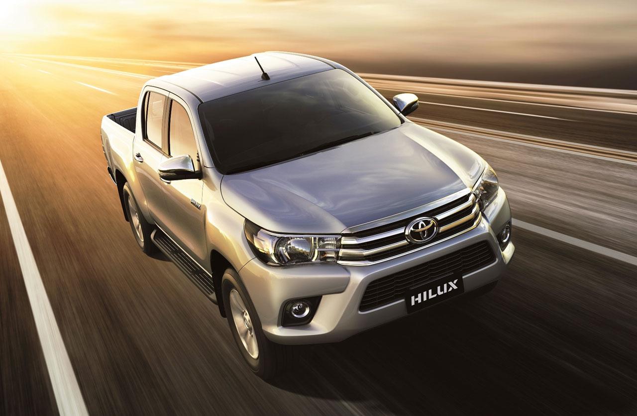 Toyota Hilux, con tres nuevas versiones 4×2
