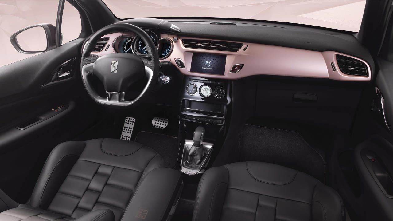 Interior DS 3 Givenchy
