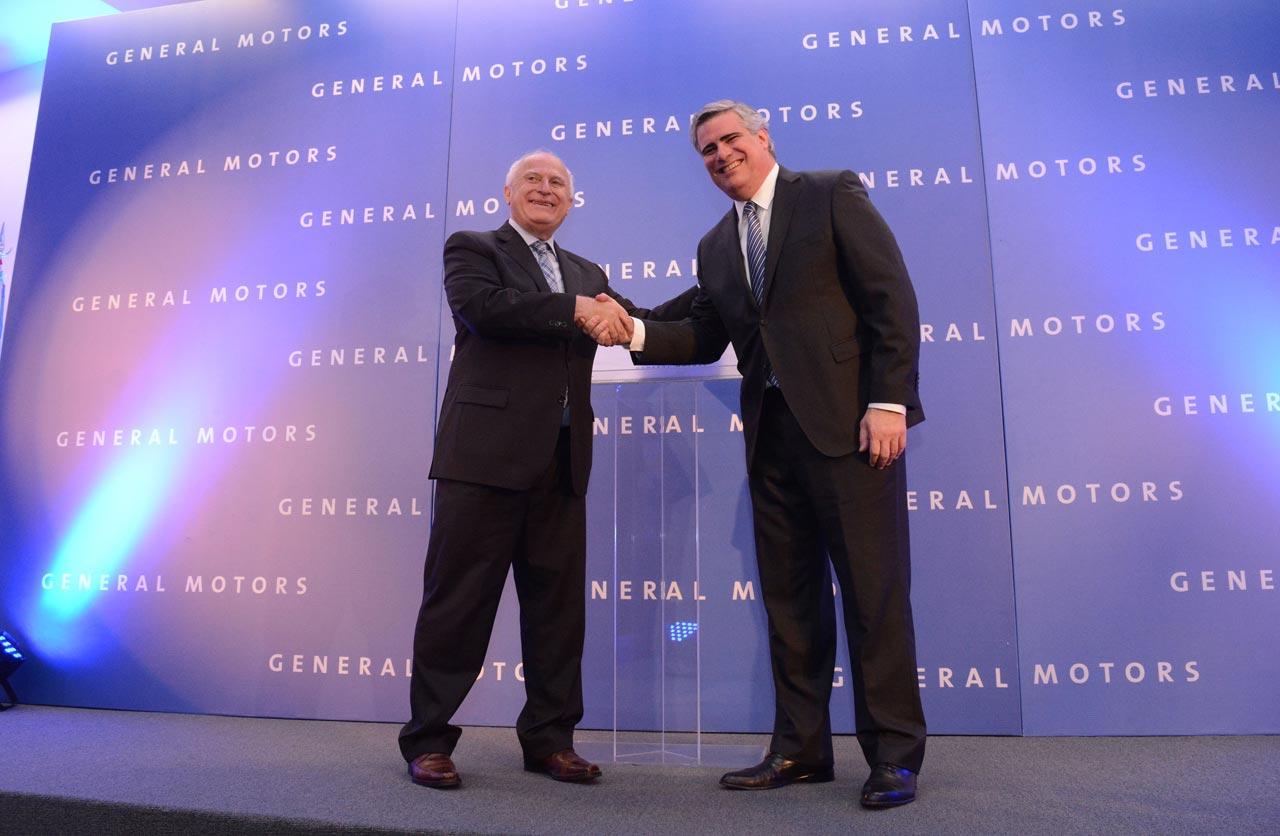Carlos Zarlenga, Presidente de GM Mercosur junto a Miguel Lifschitz, Gobernador de Santa Fe