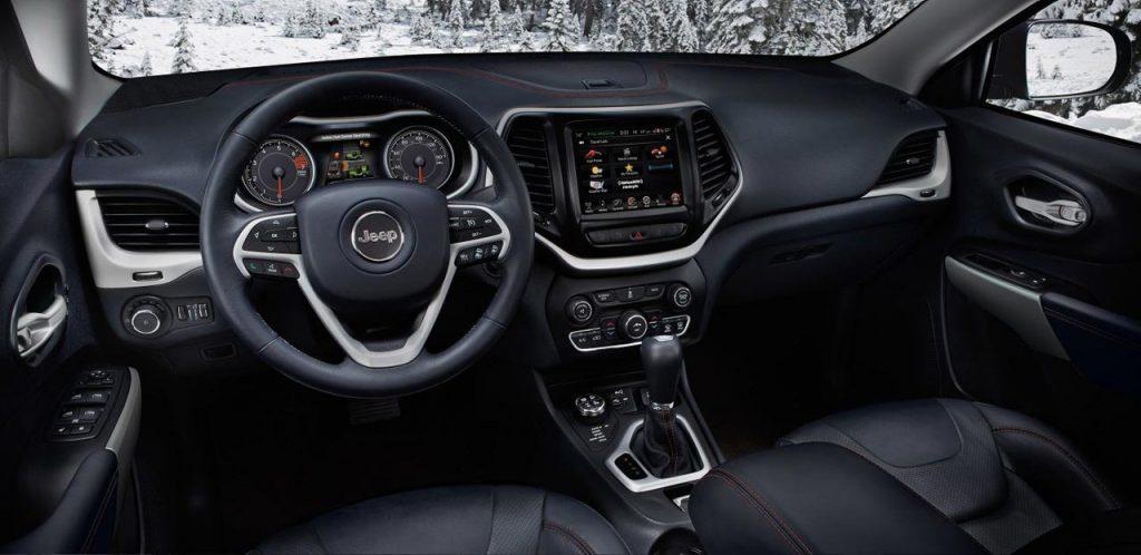 Jeep-Cherokee-Trailhawk-interior - Mega Autos