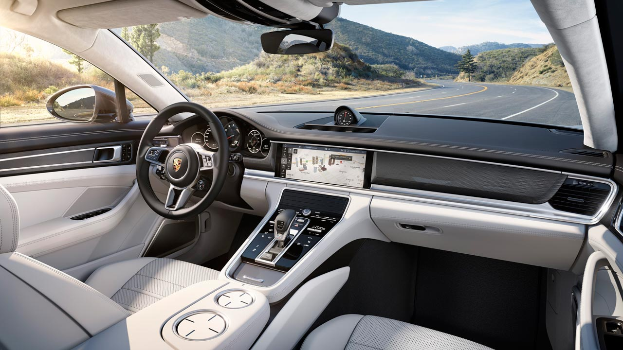 Interior Porsche Panamera Turbo