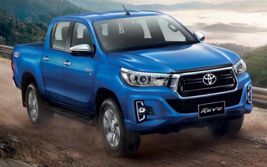 Primer rediseño para la Toyota Hilux - Mega Autos