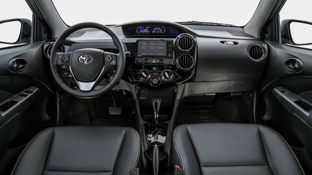 Interior Toyota Etios 2019