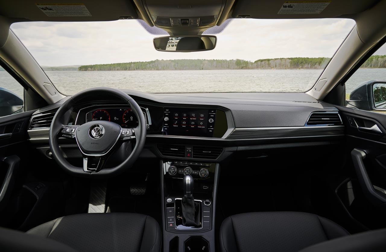 Interior Volkswagen Vento R-Line 2019