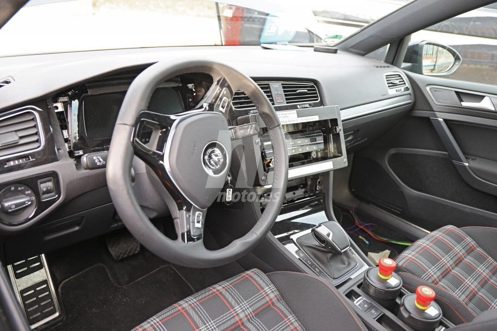Interior Volkswagen VIII pruebas