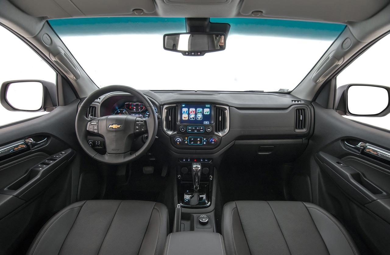 Interior Chevrolet S10 2019