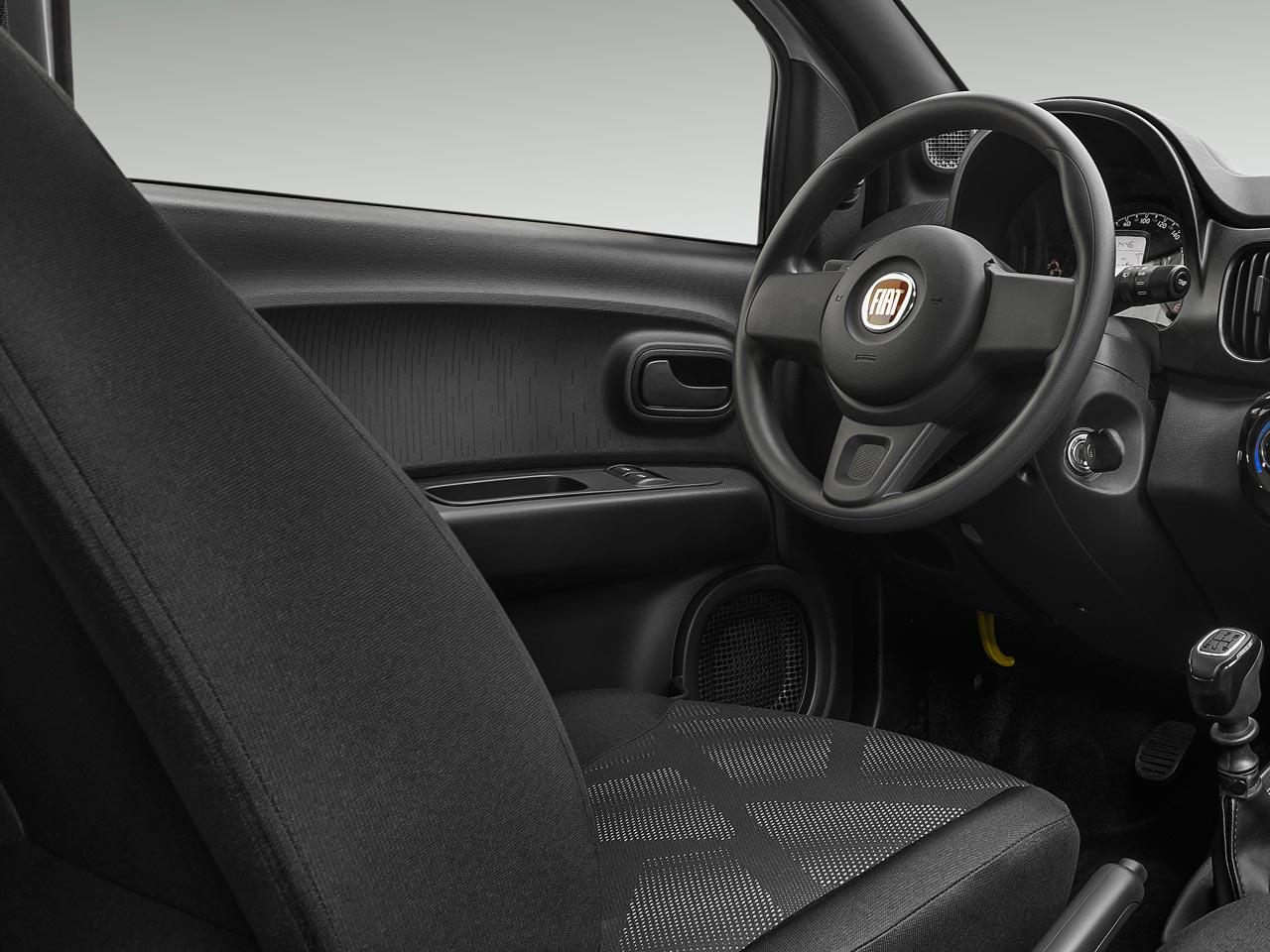 Interior Fiat Mobi VeloCITY