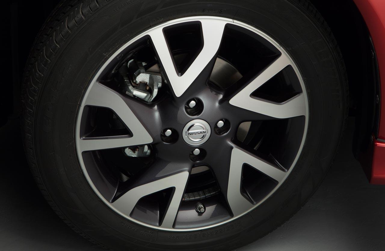 Llantas Nissan Note SR