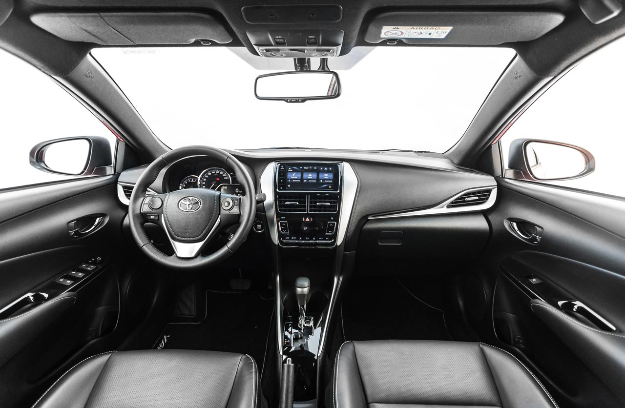 Interior Toyota Yaris 2019