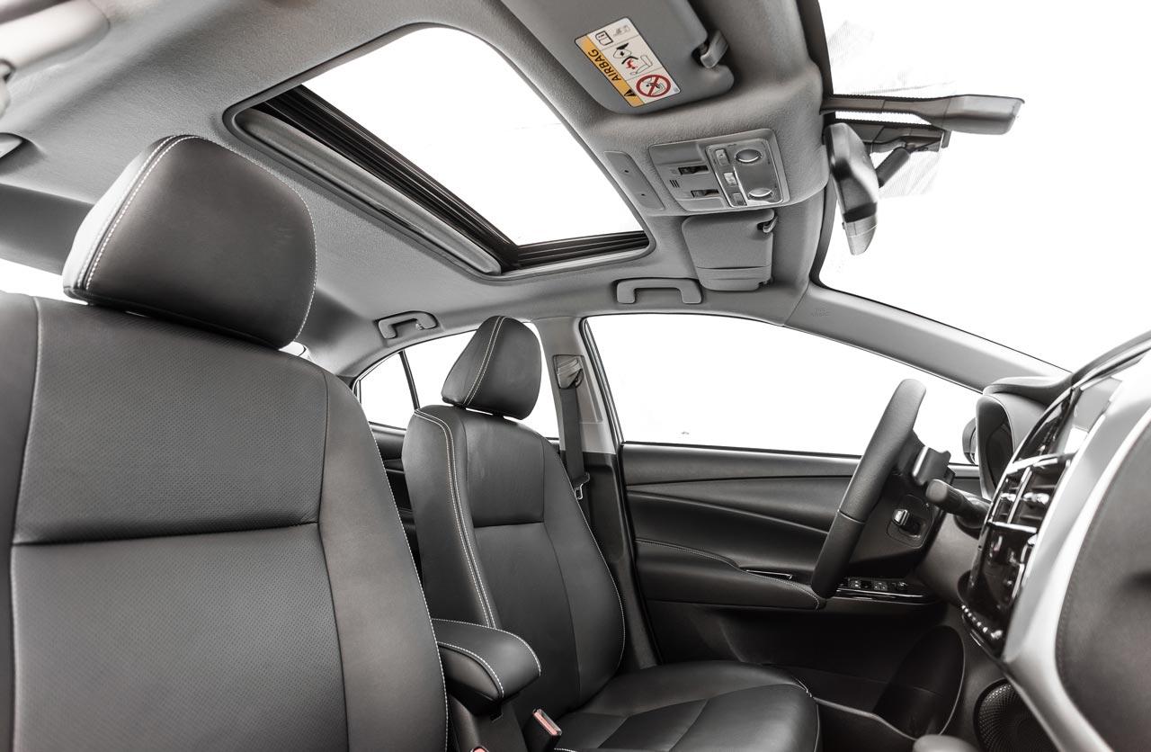 Interior nuevo Toyota Yaris 2019