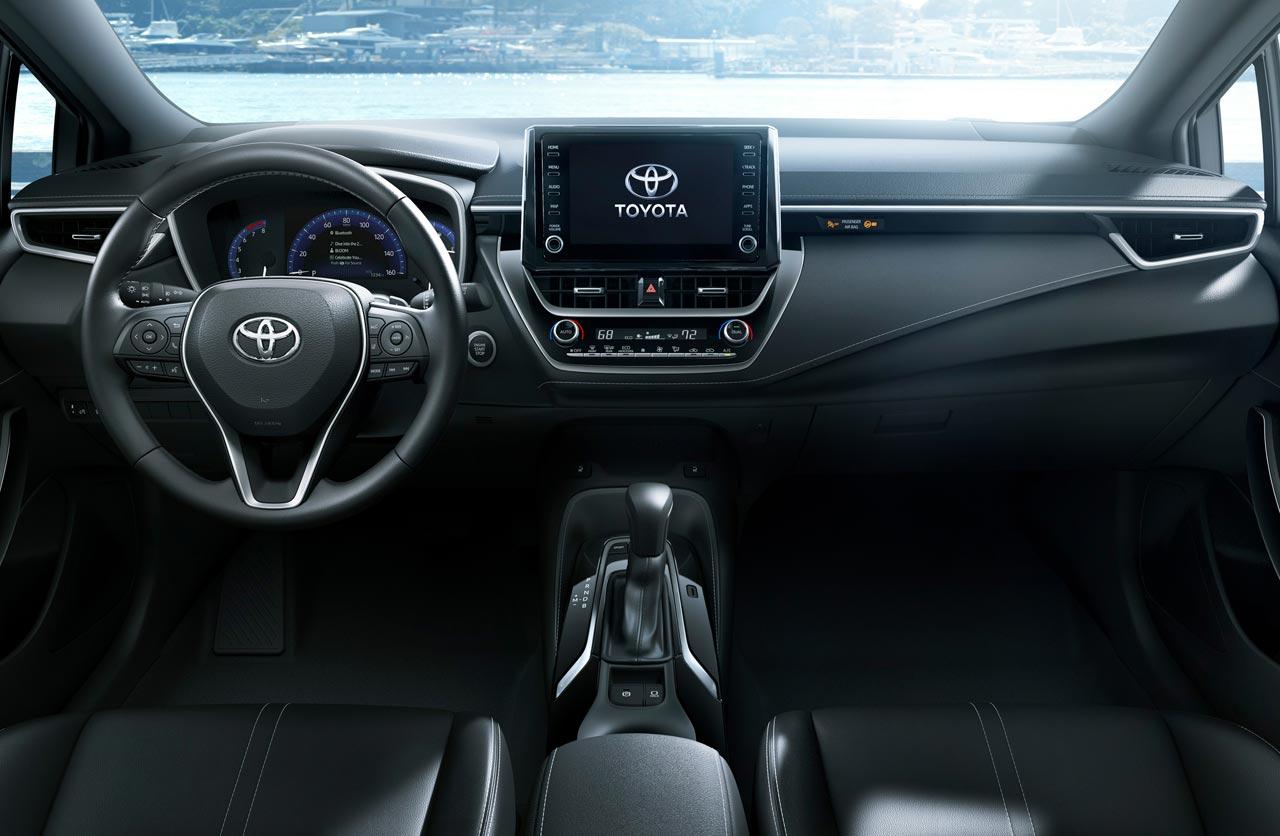 Toyota registró el interior del nuevo Corolla regional