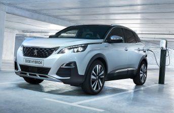 El Peugeot 3008 estrenó versiones híbridas plug-in