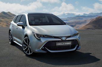 Toyota presentó al sucesor del Corolla Fielder