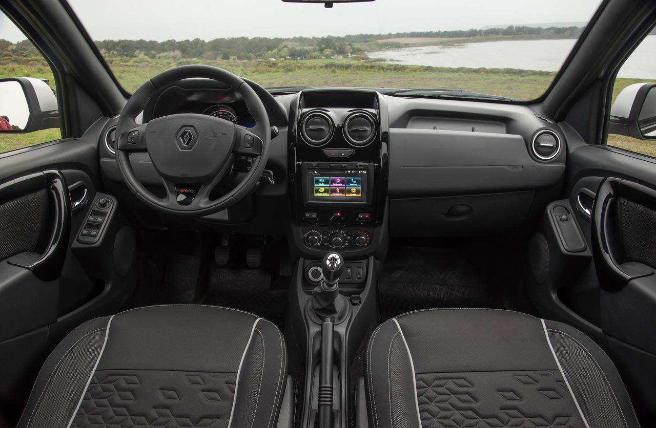 Interior Renault Duster Oroch 4x4
