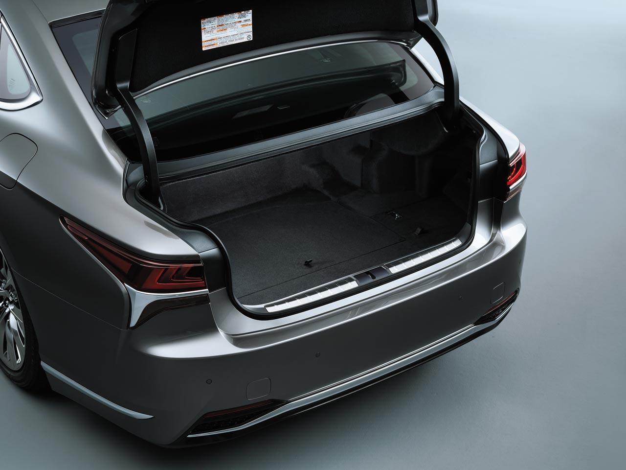 Baúl Lexus LS 500h