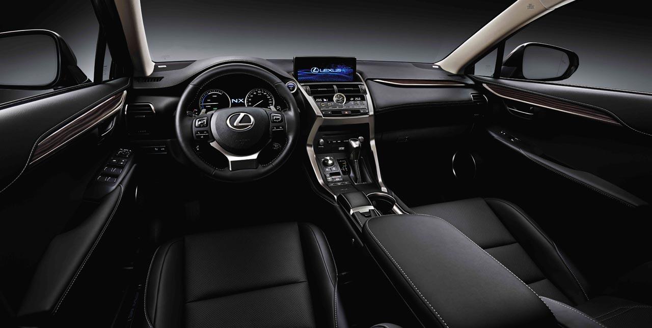Interior Lexus NX