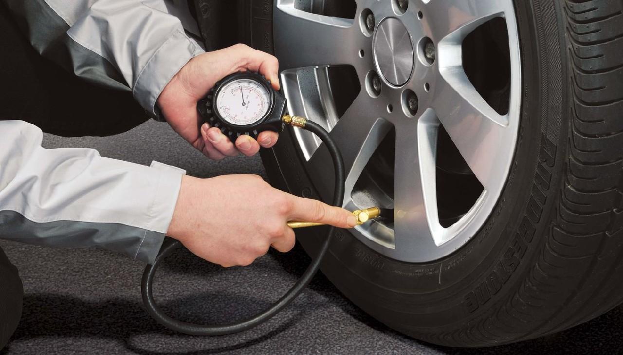 Control presión neumáticos