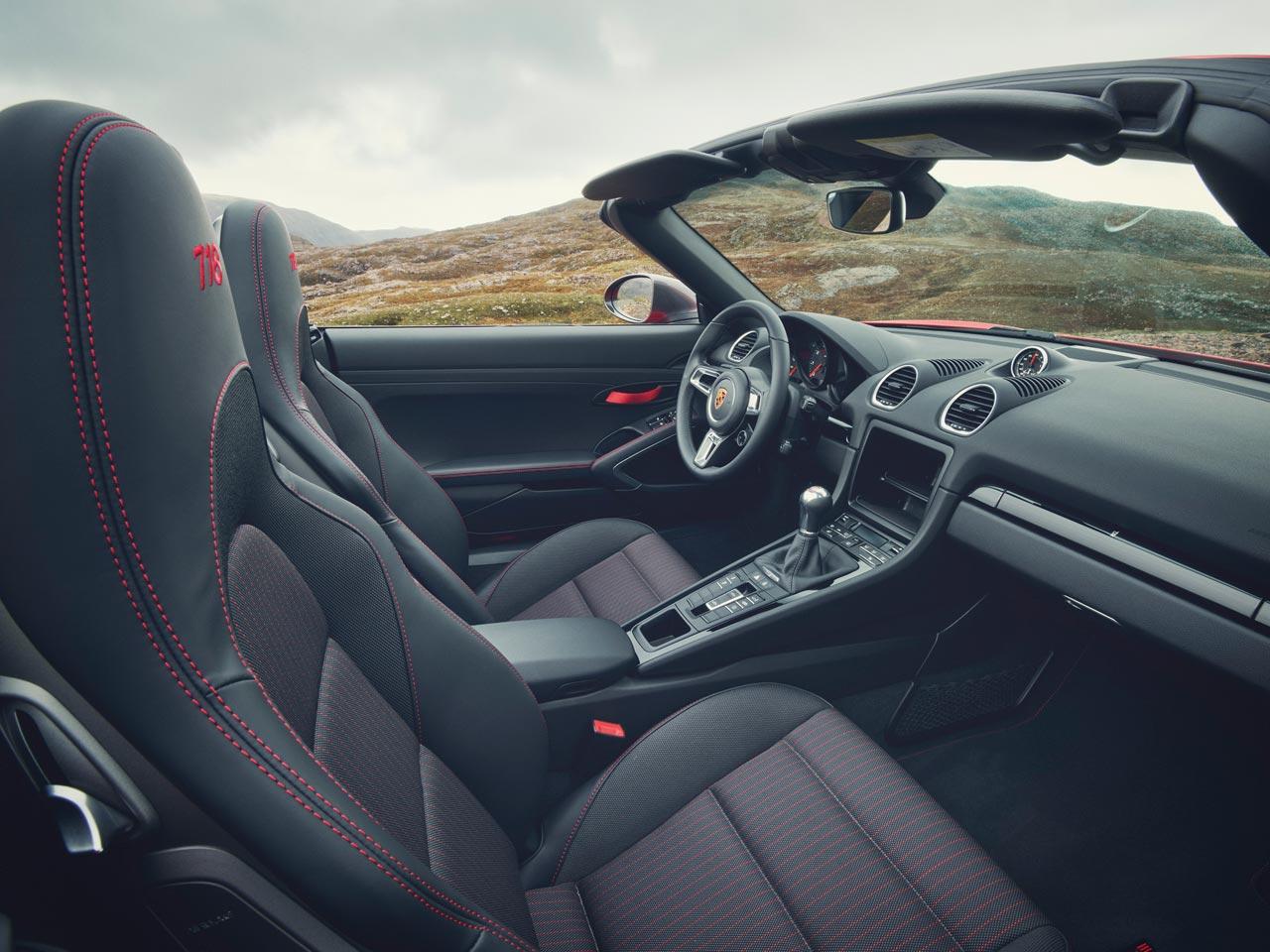 Interior Porsche Boxster 718 T