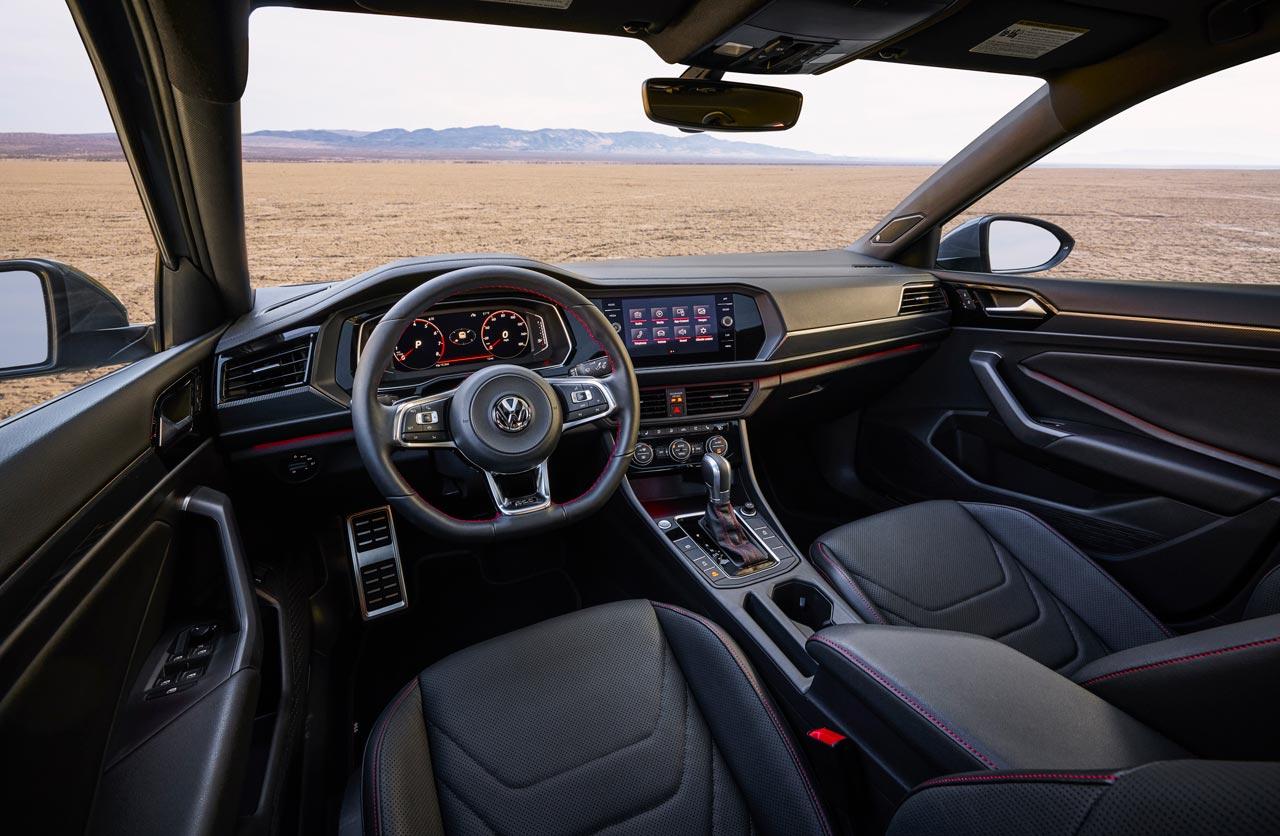Interior Volkswagen Vento GLI 2019