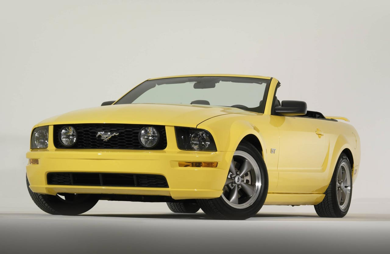 Mustang GT Convertible (2005)